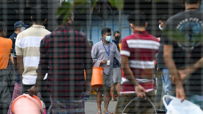 1,426 new COVID-19 cases in Singapore, mostly foreign workers in dormitories