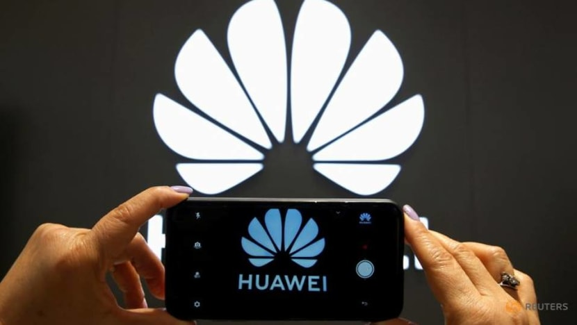 Defense to finish pressing Canada police supervisor on Huawei CFO's arrest
