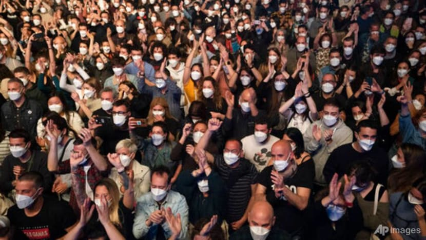 5,000 attend rock concert in Barcelona after COVID-19 screening