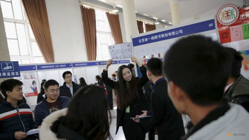 China issues guidelines on promoting employment in next five years - Xinhua