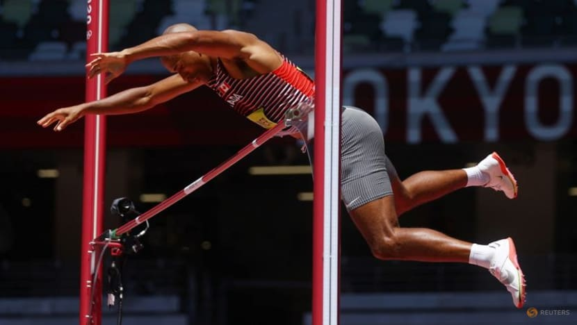 Athletics: Canada's Warner extends decathlon lead, two events remain