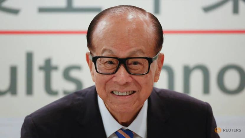 Hong Kong tycoon Li Ka-shing urges love, not violence, in first protest comments