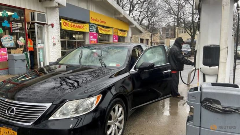 Gasoline lifts US consumer prices, inflation remains benign