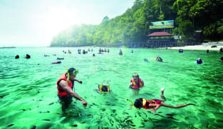 Malaysia hopes to fully reopen to international tourists by early December: Tourism minister