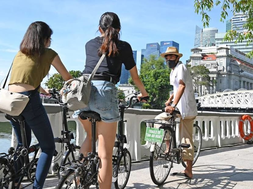 Walking, cycling and kayaking tours now allowed for groups of up to 20