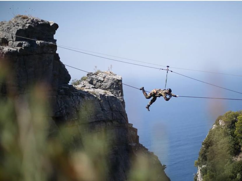 Can you survive a training session with the Italian Navy? These watch lovers did