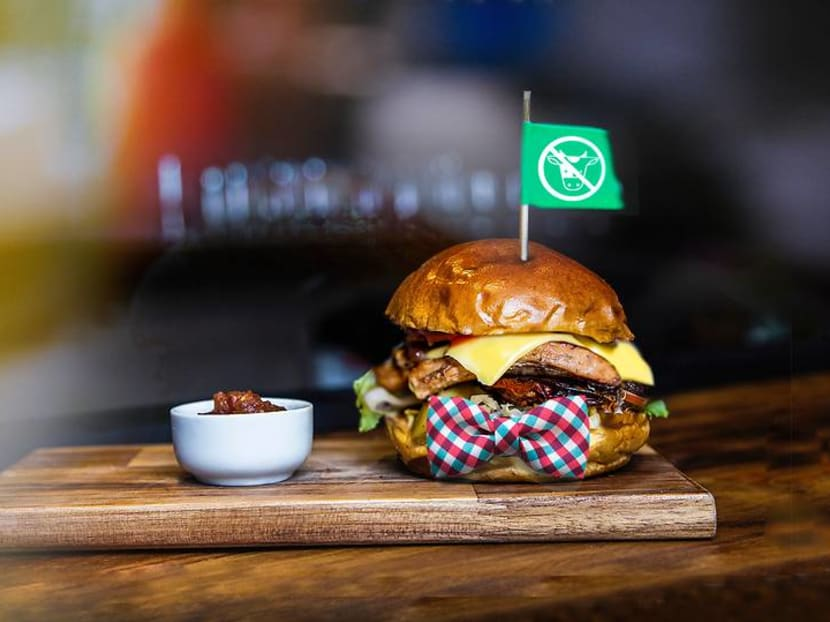 Hungry girl goes on blind dates with meatless burgers – should she follow her conscience or heart?