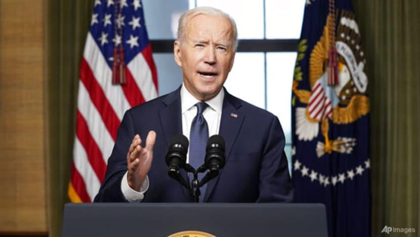 Biden breaks silence to defend Afghan evacuation