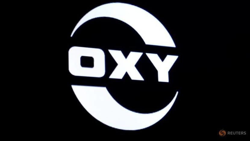 Occidental Petroleum posts larger quarterly loss on asset sale