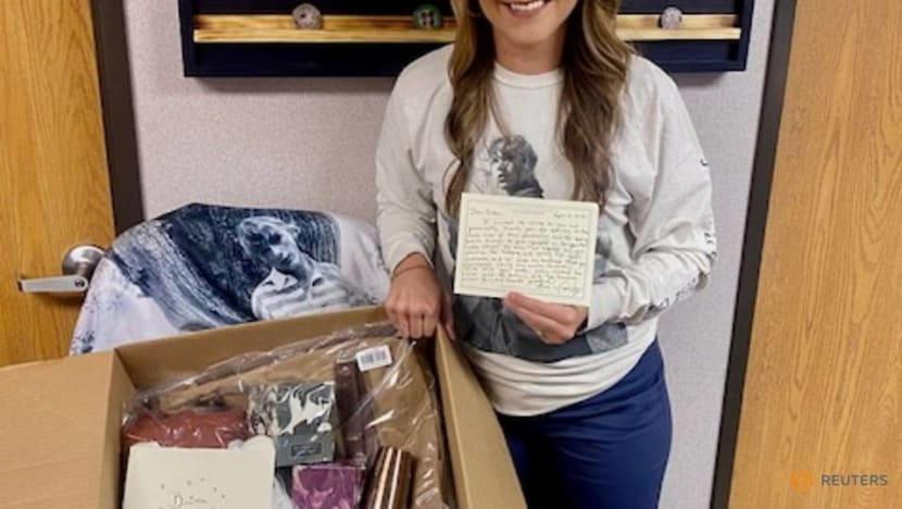 Taylor Swift gifted merch to frontline nurse who listens to her music