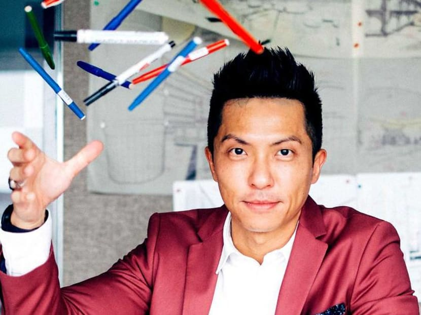 Why does hotel designer Leonard Lee think his job is like being a bus conductor?