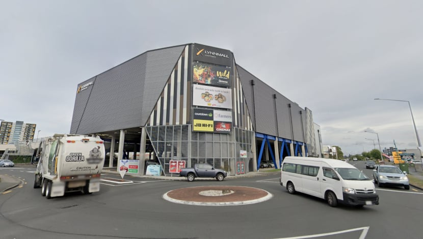 'Extremist' inspired by Islamic State stabs several people in Auckland mall, shot dead by police