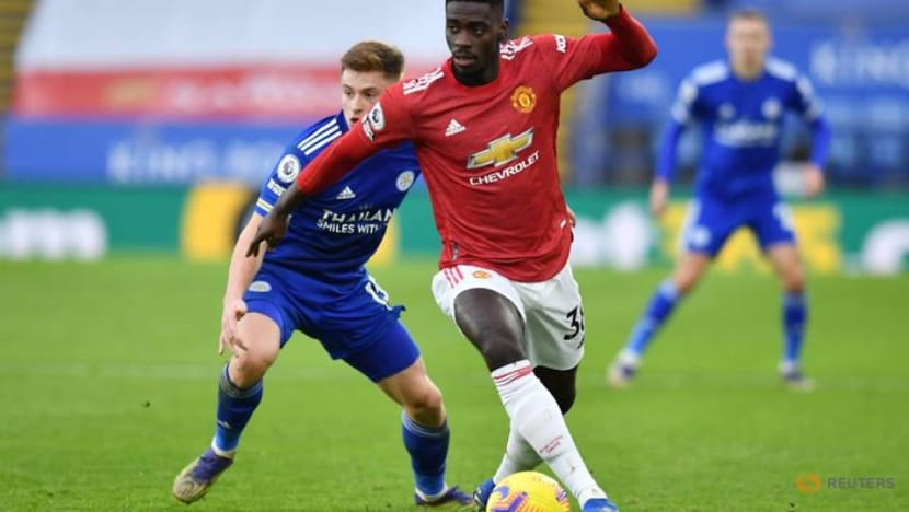 Man United's Tuanzebe suffers more online racist abuse