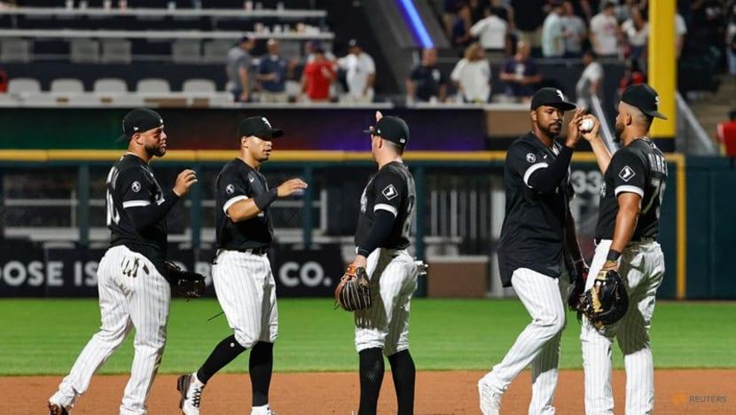 MLB roundup: White Sox beat A's as Chris Bassitt hit by line drive