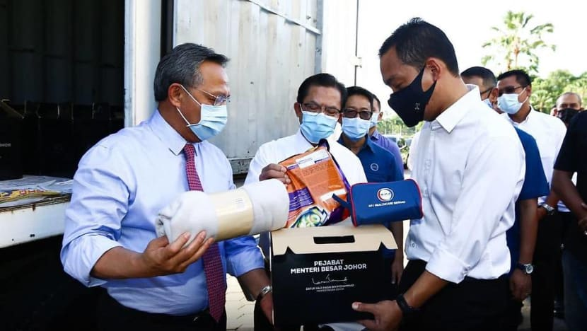 Johor state government to distribute 1,000 food baskets to needy Malaysians in Singapore