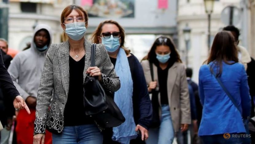 French new COVID-19 cases below 10,000 for second day in a row