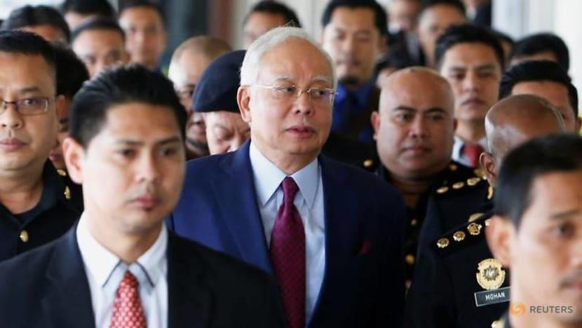 Najib takes aim at Pakatan Harapan government in U-turn video