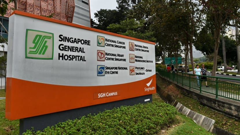 34-year-old Ukrainian dies from COVID-19 complications; 106 new locally transmitted cases in Singapore