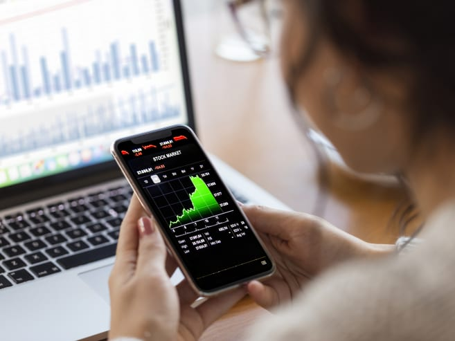 Ready to start investing? We explain what style works best for you – active or passive
