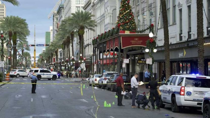 10 wounded in shooting in busy New Orleans tourist area