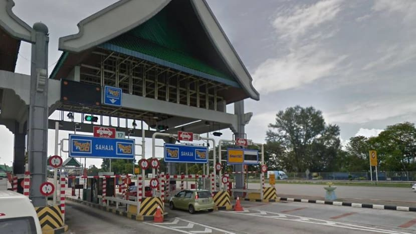 Lower tolls on some Malaysia highways from Feb 1