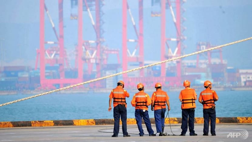 Oil spills outside China's Qingdao port after ship collision