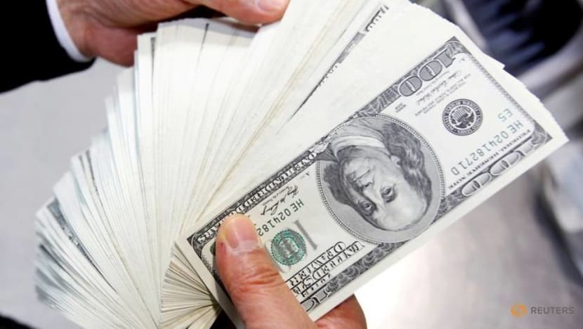 US dollar falls as euro climbs in risky FX rout