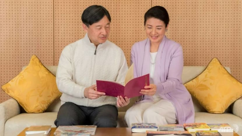 Japan's new imperial couple faces heavy burden of tradition