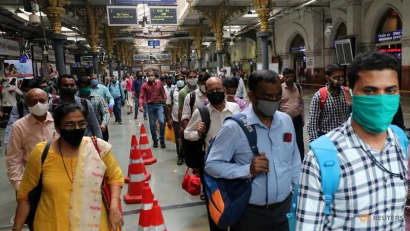 India's COVID-19 infections surge to 5.82 million