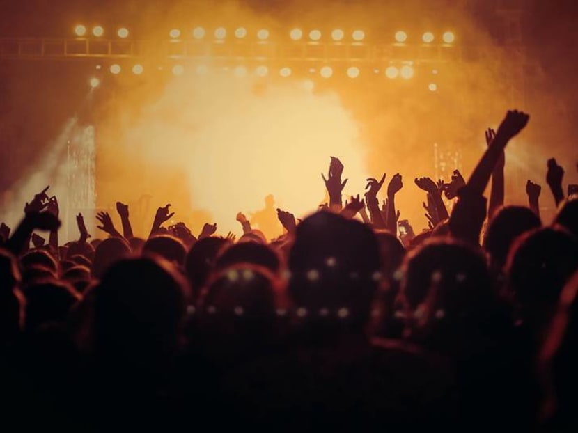 How does coronavirus spread at a concert? Germans do a test