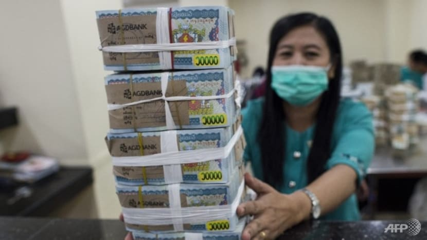 Police looking into moneychangers dealing fake Myanmar currency