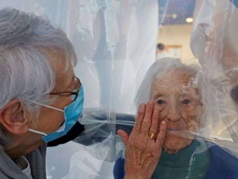 Cuddling during COVID-19: 'Hug bubble' lets seniors feel the magic of touch