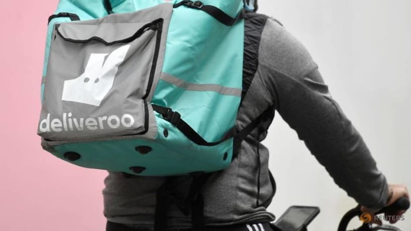 Deliveroo dives 30per cent as London debut of the decade turns torrid