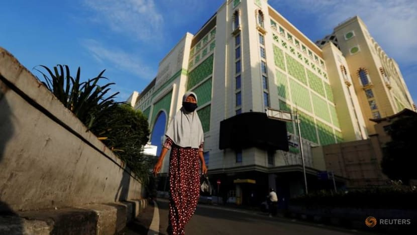 COVID-19: Jakarta's low-wage workers hard hit by layoffs, forced unpaid leave