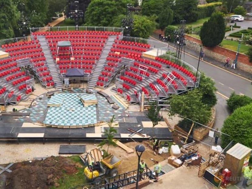 Shakespeare company opens garden theatre by River Avon