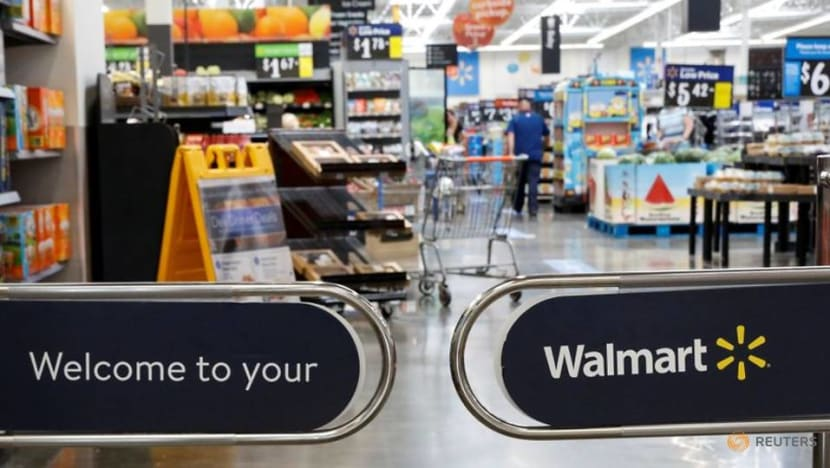 Walmart results expected to show improved margins, online sales