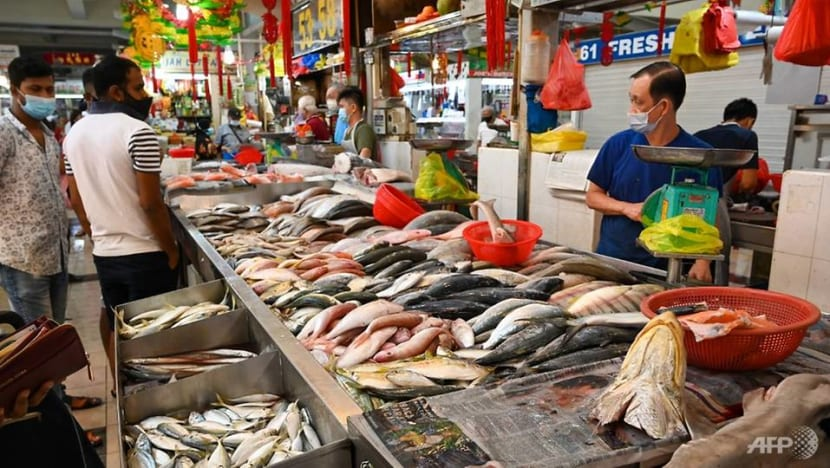 'A lot of confusion' for stallholders and fishmongers as stalls remain closed with COVID-19 testing under way