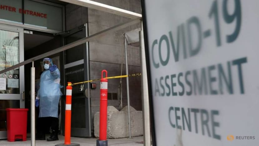 Canada expands added screening to travelers from South Africa amid COVID-19 variant worries