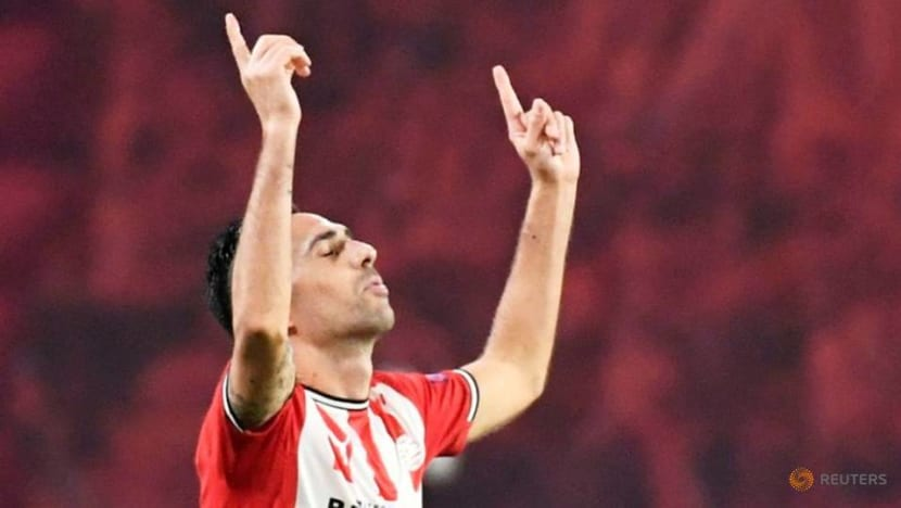 Wife and children of PSV's Zahavi tied up in robbery as he headed to match