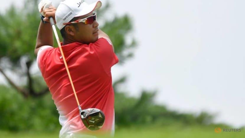 Olympics-Golf-Straka storms to Tokyo lead as Matsuyama grinds