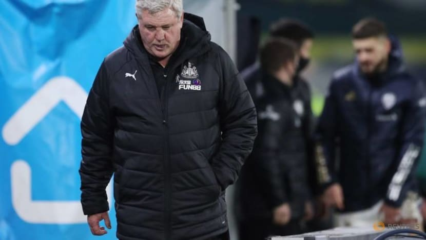 Soccer-No imminent return for Newcastle players with 'damaging effects' of COVID-19, says Bruce