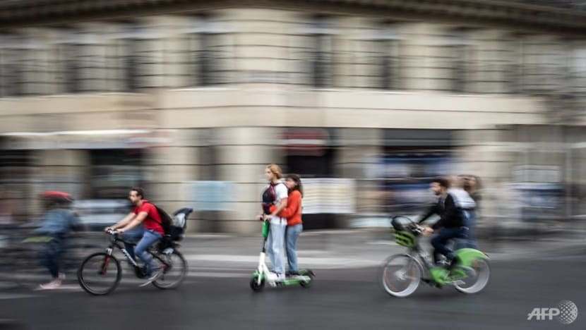 France lays out new rules to rein in e-scooters