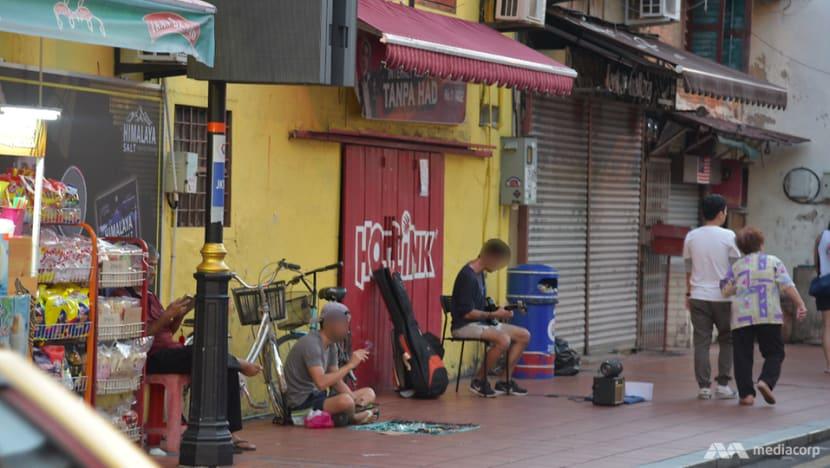 'Please help fund my trip': Begpackers linger at Melaka's Jonker Street despite ban
