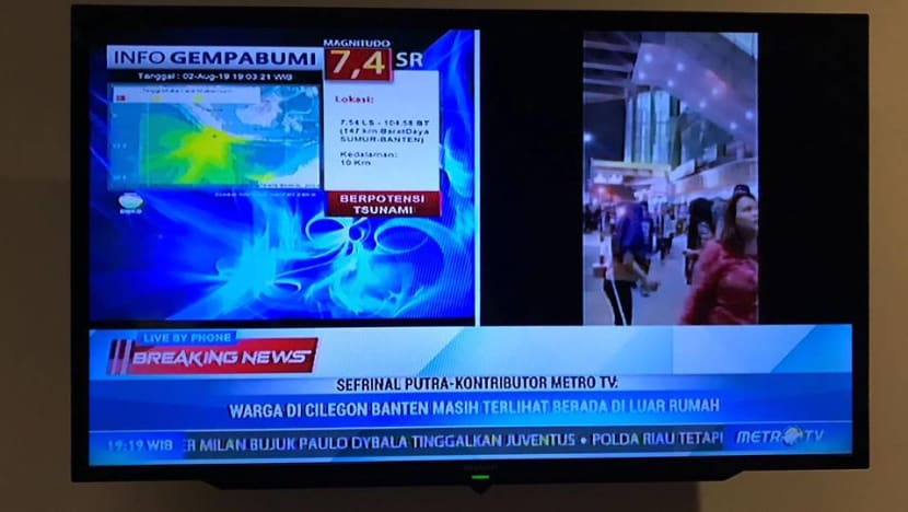 Indonesia lifts tsunami warning after powerful quake off Sumatra, Java