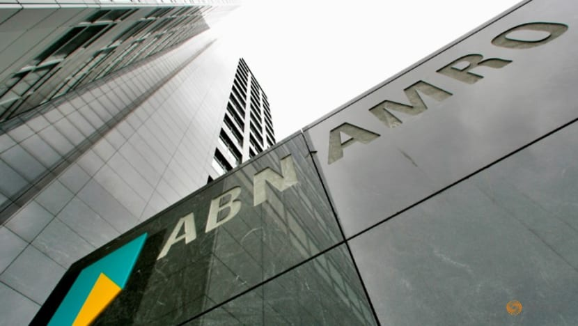 Dutch ABN Amro faces money laundering investigation, shares tumble