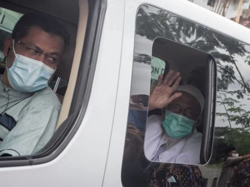 Abu Bakar Bashir, Indonesian cleric linked to deadly Bali bombings, freed from prison
