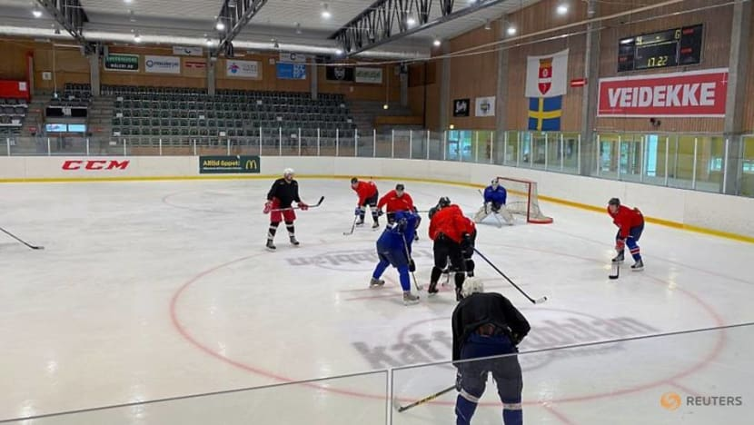 COVID and ice hockey: outbreaks chill Nordic national pastime