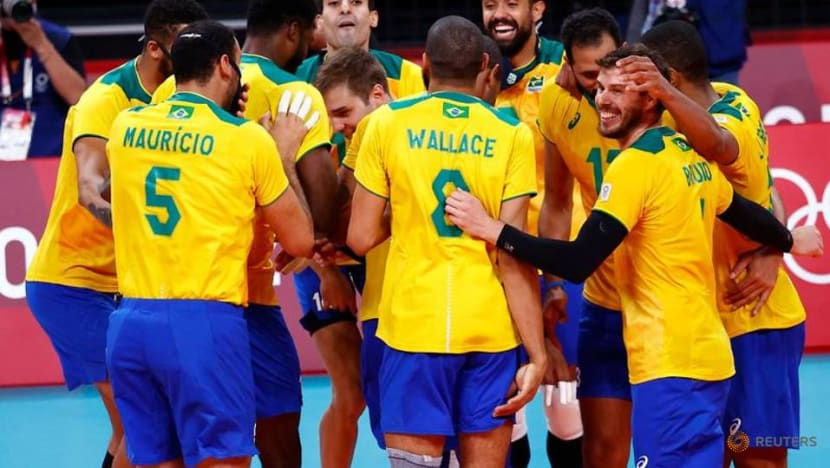 Olympics-Volleyball-Brazil overpower hosts Japan to face ROC in semi-finals