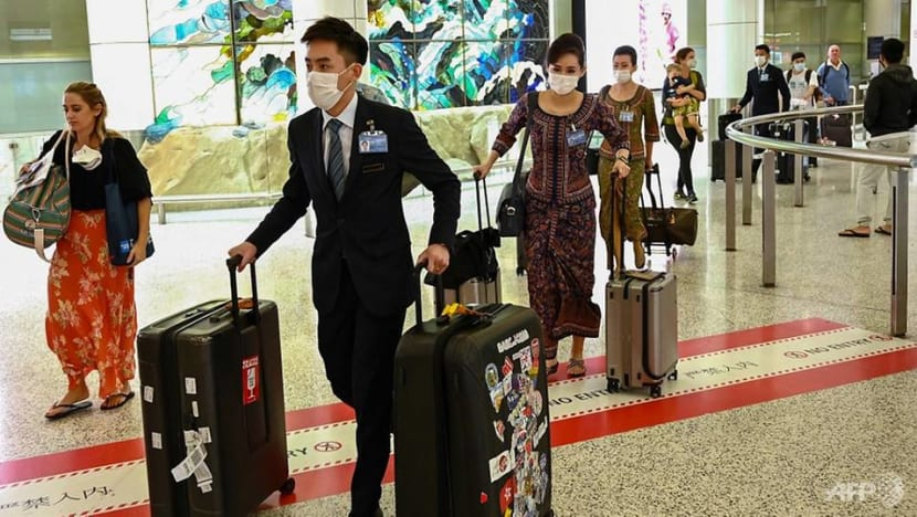 COVID-19: Singapore Airlines offers cabin crew early release, retirement to further cut costs