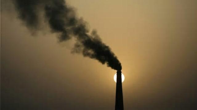 亚行把气候融资目标提高到1000亿美元